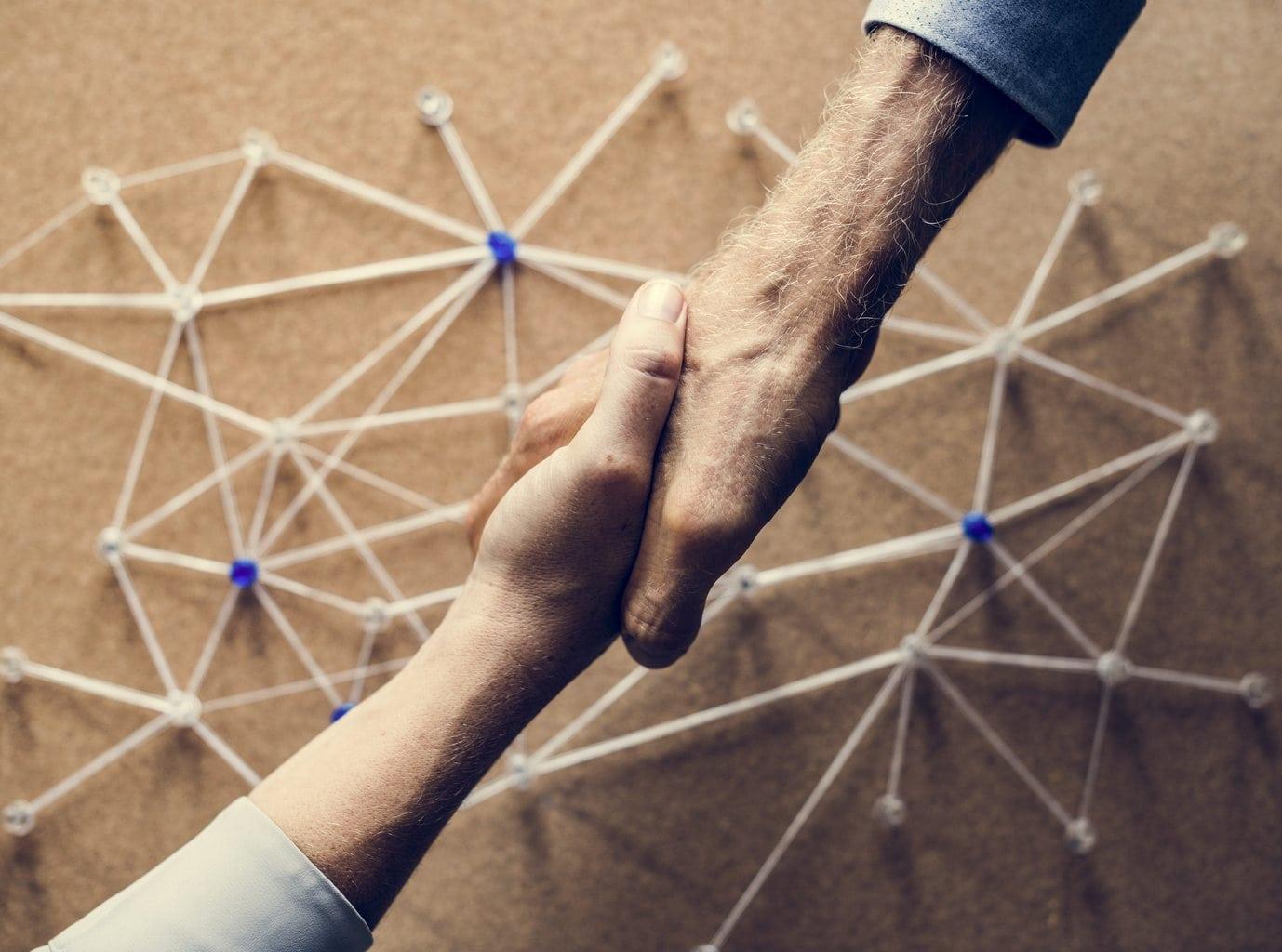 ruilhandel bartering handshake